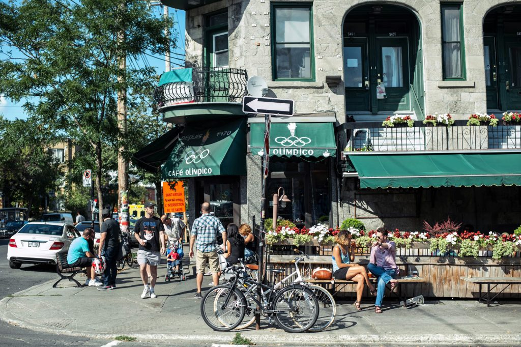 montreal self guided walking tour mile end