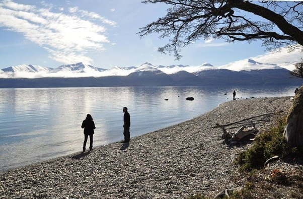 hiring a tour guide in patagonia